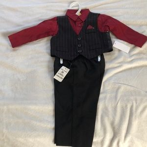 Holiday Suit size 3-6 months